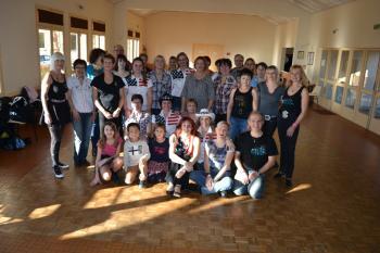 Photo de groupe du workshop avec Annie Corthesy, organisé par les 100tiags